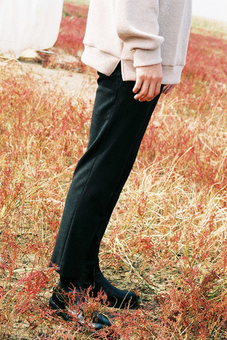 프렌치 슬림 크롭슬랙스(2color)